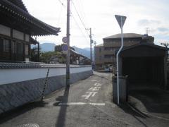 広がるフォレストクルーログハウスの輪(ランタサルミログハウス 愛媛県西条市)