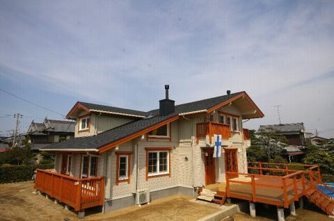「北欧スタイル」ランタサルミログハウス完成見学会 in 愛媛県松前町