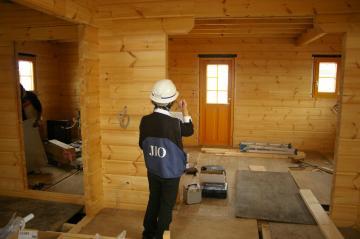 『北欧住宅』フィンランドログハウス 木製サッシ、屋根、通気層 ~愛媛県西条市~
