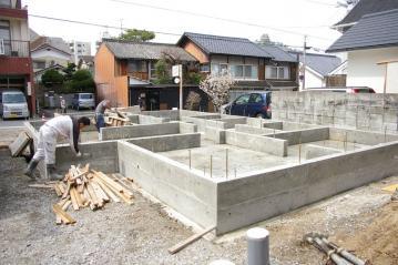 愛媛県宇和島市内の北欧住宅 フィンランドログハウス 基礎工事完了!