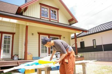 フィンランドログハウスに似合う木製倉庫 愛媛県松山市
