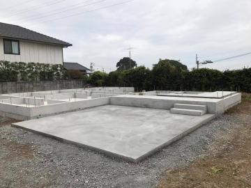 ログ組み上げ工程を公開致します(愛媛県松山市衣山 北欧住宅 フィンランドログハウス)