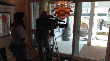 北欧住宅フィンランドデザインのログハウス TV テレビ番組ニース& テレビCM 撮影(四国愛媛県松山市、東温市モデルハウス)