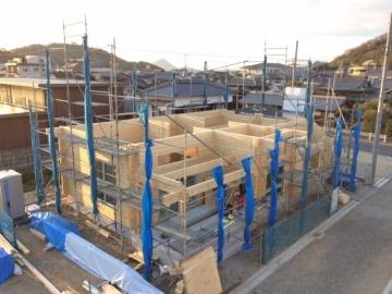 愛媛県松山市空港近くの北欧住宅 フィンランドログハウス 新規分譲地2区画で建築中