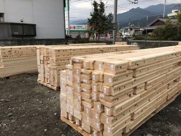 北欧ログハウス ログ組上げ工事 in愛媛県西条市