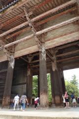 夏休みの過ごし方。奈良旅行(東大寺と法隆寺見学)1300年前の校倉創りと現代のログハウス