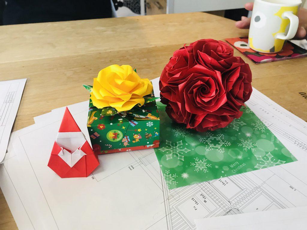素敵なクリスマスプレゼント頂きました! 「折り紙の楽しみ」バラのギフトボックス