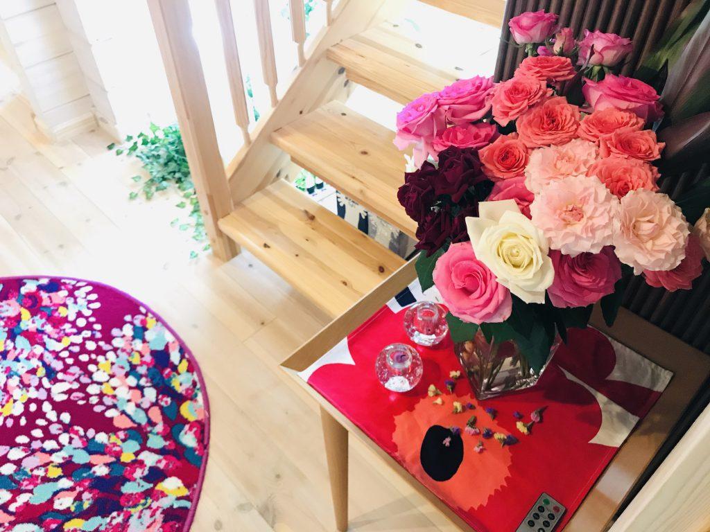 今日も花を飾って予約の来客者を オ モ テ ナ シ !