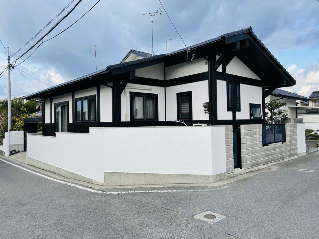 古民家風 210角ポスト&ビーム愛媛県松山市Post & Beam LOG House 築後16年目のメンテナンス&再塗装完了!
