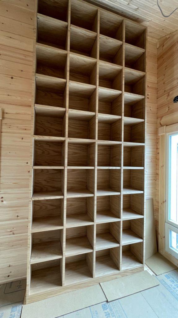 カスタムオーダー 家具屋さんでオーク下駄箱とウォールナット本棚を造る